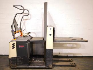 Low level order picker Crown GPC3045 - 5