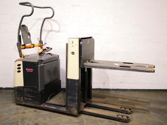 Low level order picker Crown GPC3045 - 8
