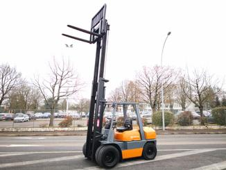 Four wheel counterbalanced forklift Toyota 02-6FD35 - 6