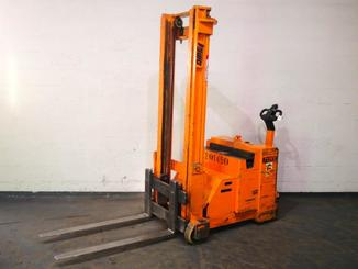 Counterbalanced stacker OMG 712FS - 5