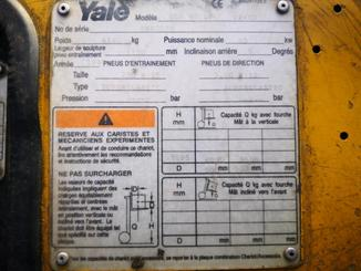 Four wheel counterbalanced forklift Yale GLP40 LP - 4
