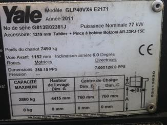Four wheel counterbalanced forklift Yale GLP40VX6 - 4
