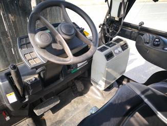 Four wheel counterbalanced forklift Yale GLP40VX6 - 2