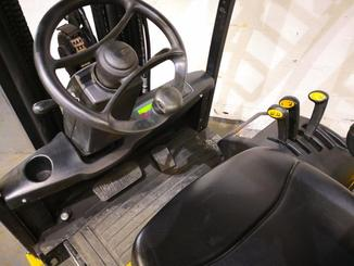 Three wheel front forklift Yale ERP16ATF - 4