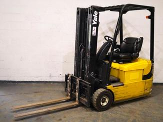 Three wheel front forklift Yale ERP16ATF - 1
