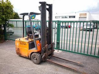 Three wheel front forklift STILL R50/15 - 1