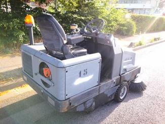 Industrial sweeper Kärcher KM130/300RLFG - 5