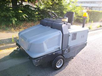 Industrial sweeper Kärcher KM130/300RLFG - 1