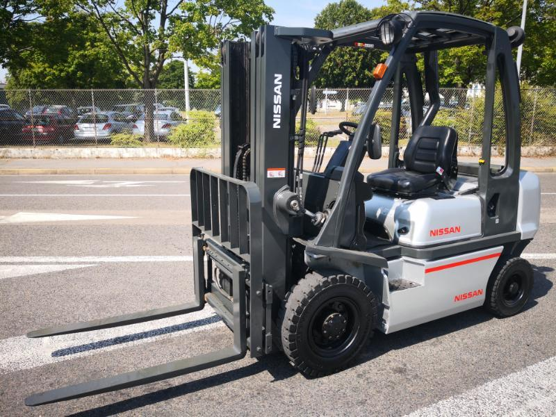 Handling equipment Nissan on sale at CAPM Europe