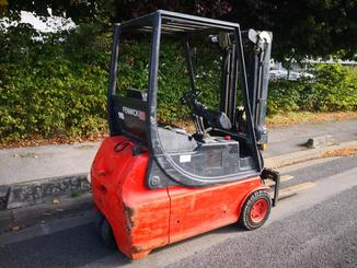 Three wheel front forklift Fenwick E16 - 2