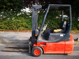 Three wheel front forklift Fenwick E16 - 14