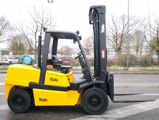 Four wheel front forklift Yale GLP55MJ - 3
