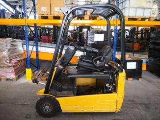 Three wheel front forklift Caterpillar EP16NT - 2