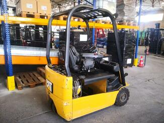 Three wheel front forklift Caterpillar EP16NT - 5