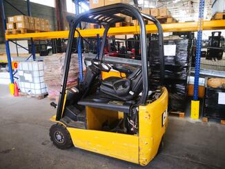 Three wheel front forklift Caterpillar EP16NT - 4