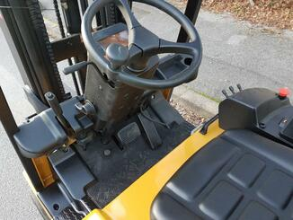 Three wheel front forklift Caterpillar EP20KT - 7