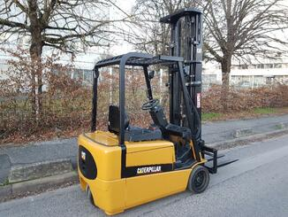 Three wheel front forklift Caterpillar EP20KT - 4