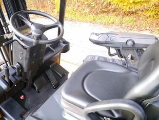 Three wheel front forklift Caterpillar EP20NT - 7