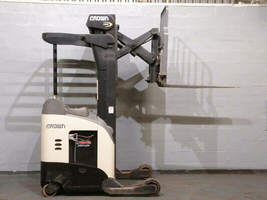 Reach truck Crown RR5725-35 - 1