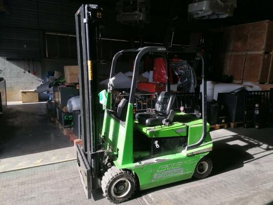 Four wheel front forklift CTC PL420 - 1