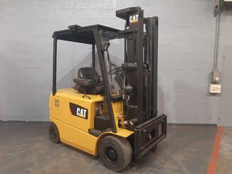 Four wheel counterbalanced forklift Caterpillar EP25K - 6
