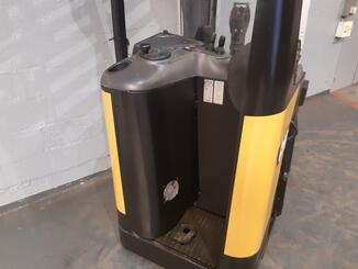 Pallet stacker with rider platform Caterpillar NSR20N - 7